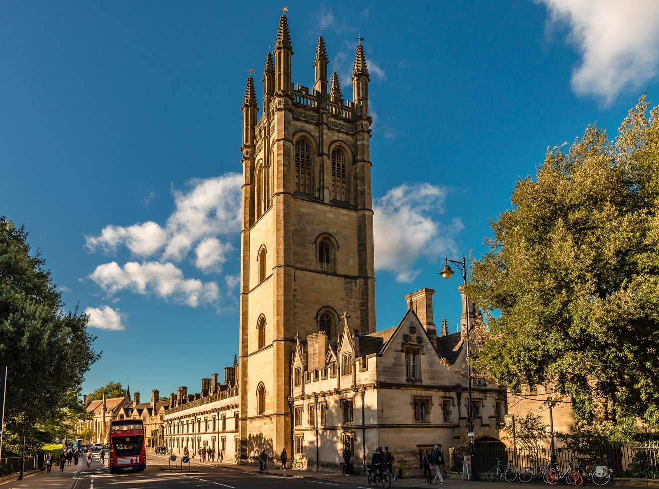 11 Things to do in Oxford magdalen college