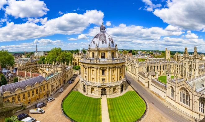 11 Things to do in Oxford main landmark bodleian library