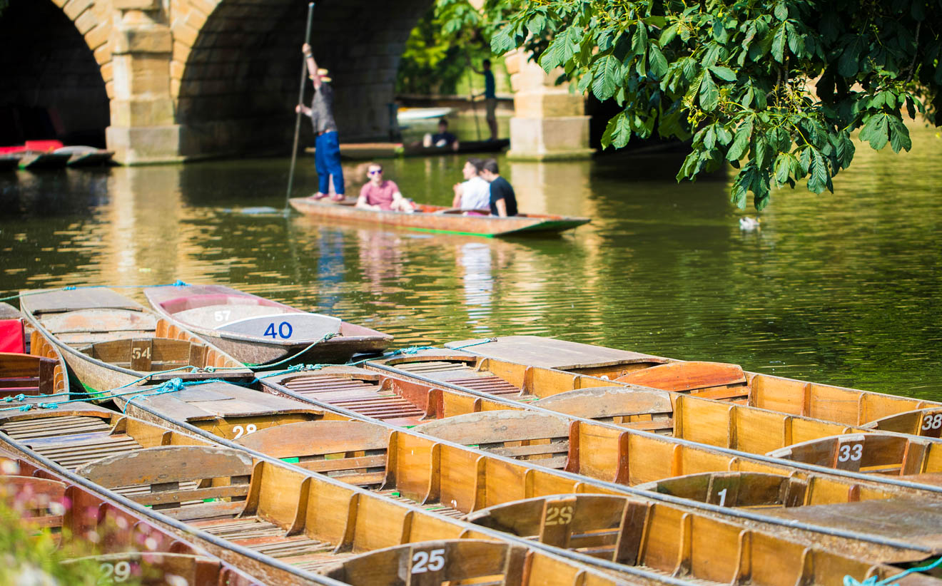 11 Things to do in Oxford punting 3
