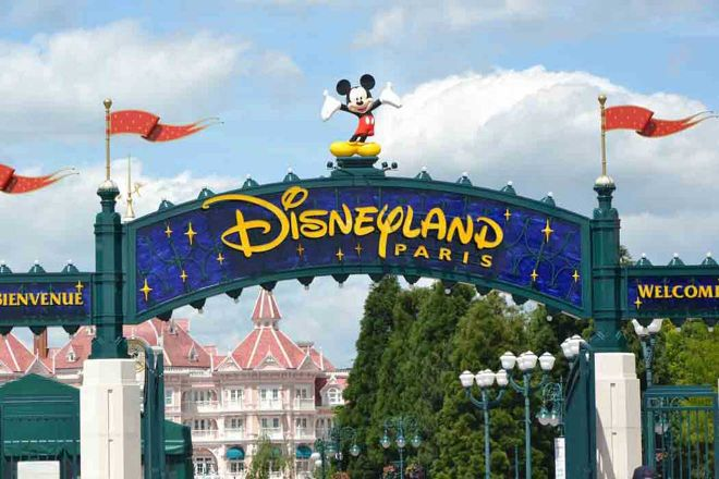 disneyland good neighbor hotels