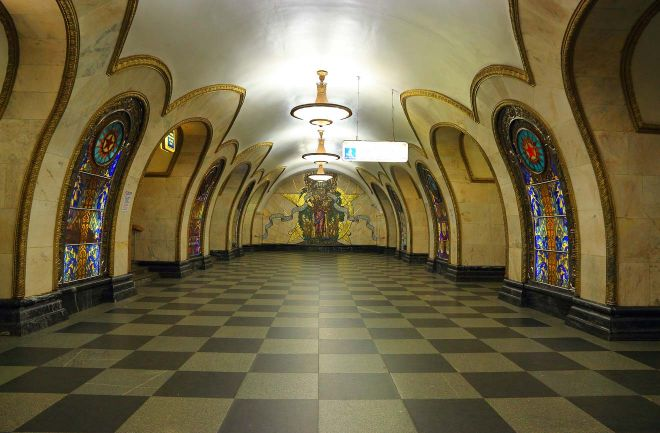moscow metro hours