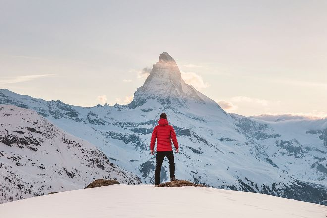 skiing in switzerland in march
