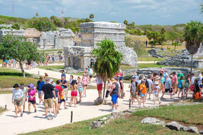 ancient mayan ruins oftulum