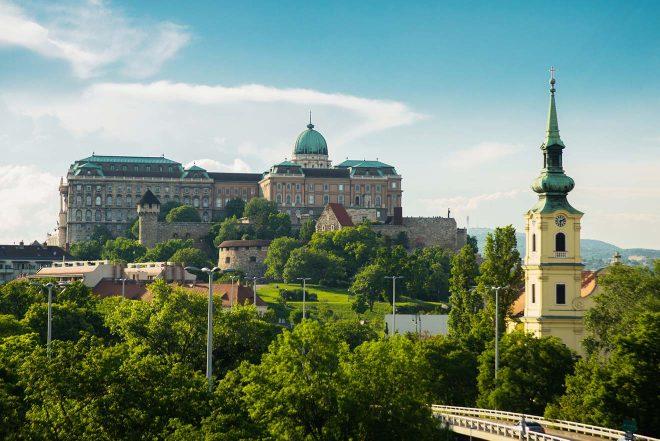 vue du bâtiment de budapest