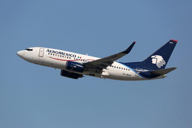 mexico city airplane