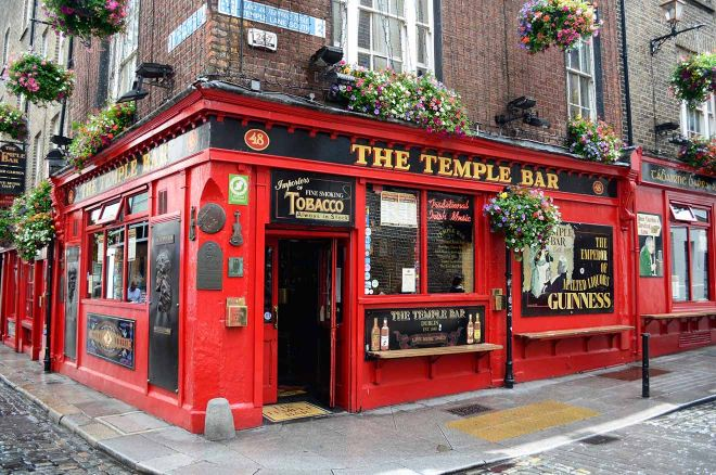 famous bar in ireland