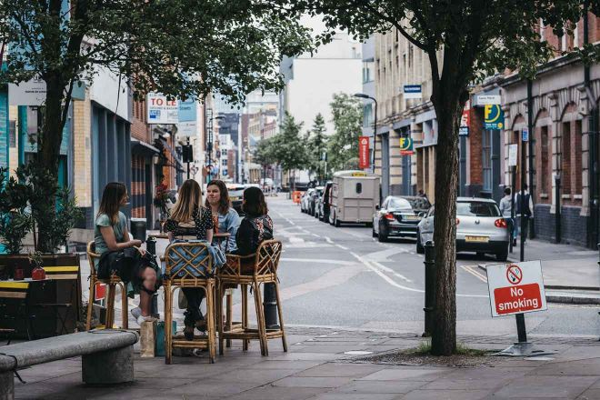 outdoor tables london