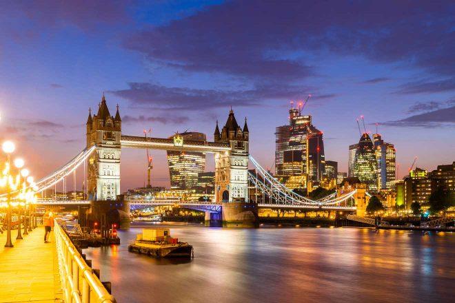 downtown skylines buildings london