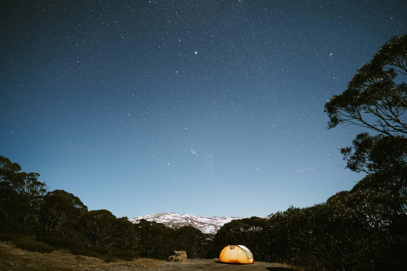 Camping underneath the stars in Kosciuszko National Park Astralia