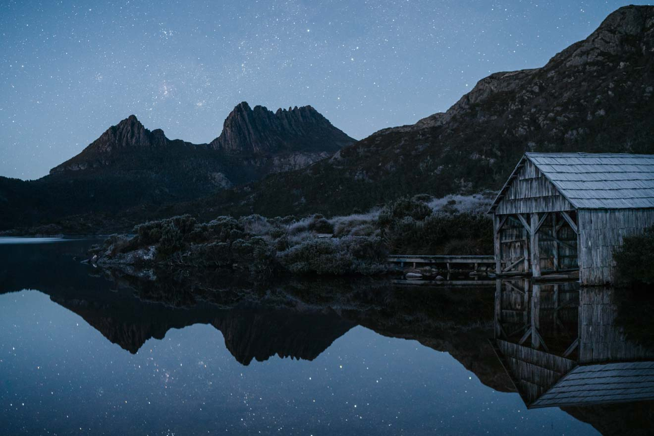 Cradle Mountain Overland track at night