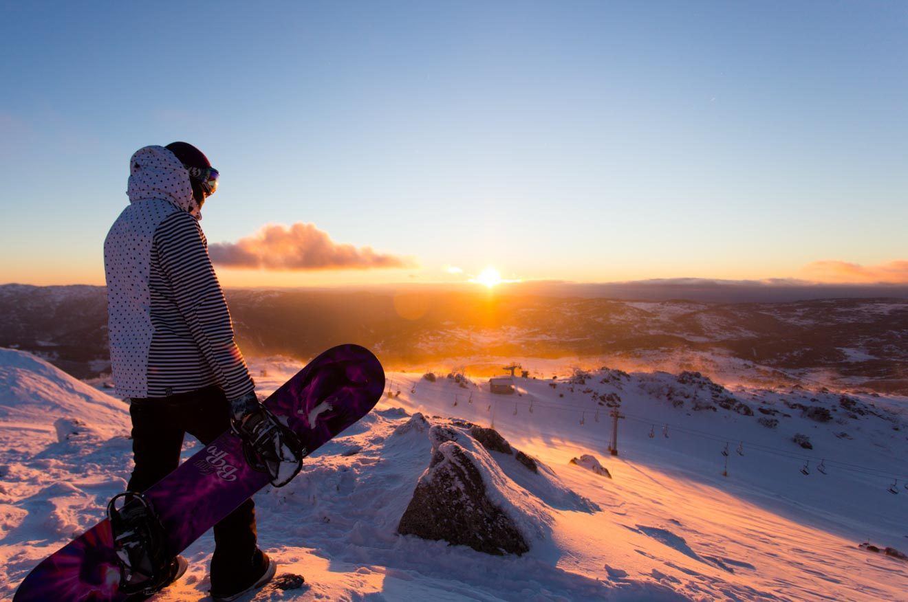 Sunrise in Blue Cow, Perisher Snowy Mountains snowboarding