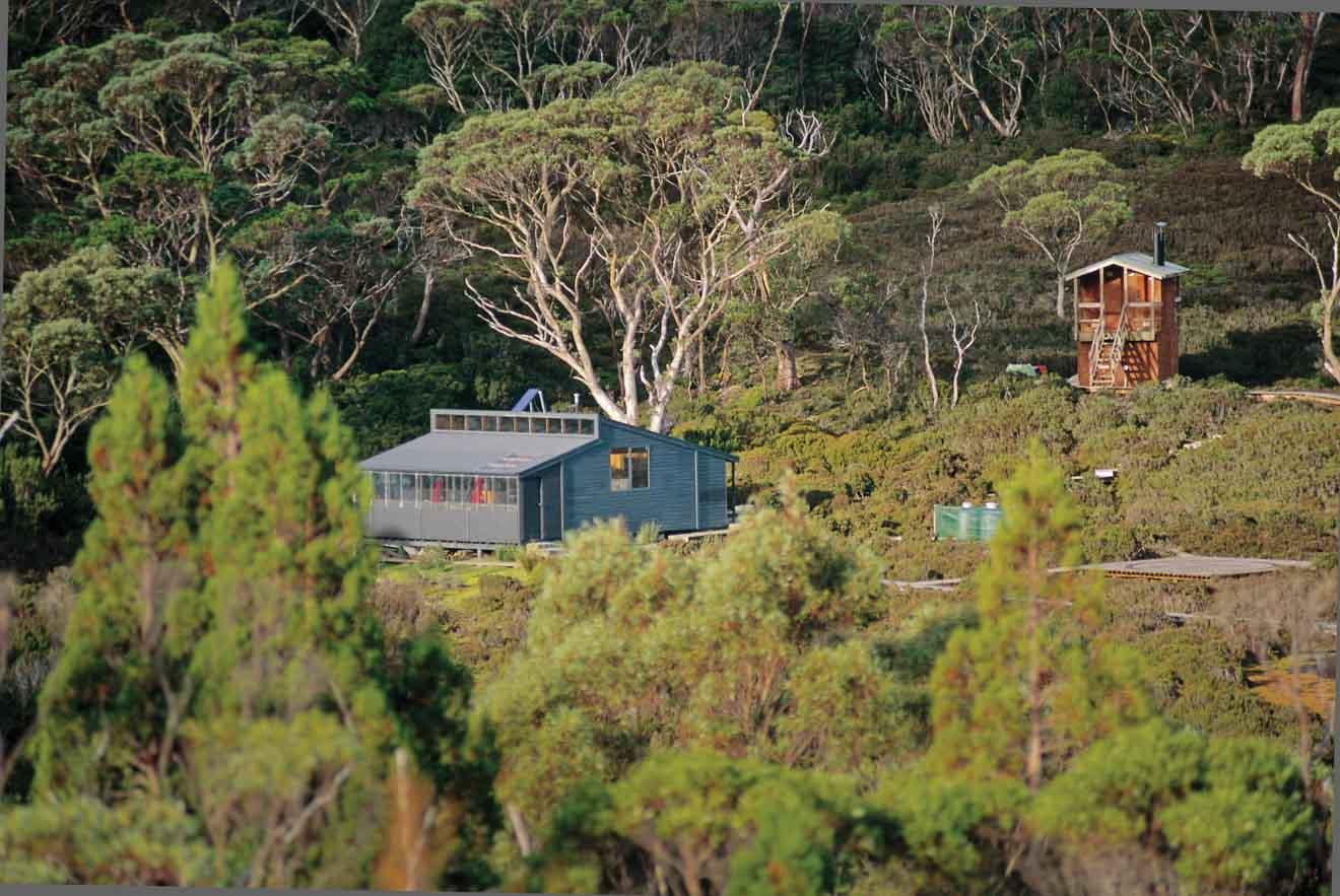 Waterfall Hut Overland track Accommodation