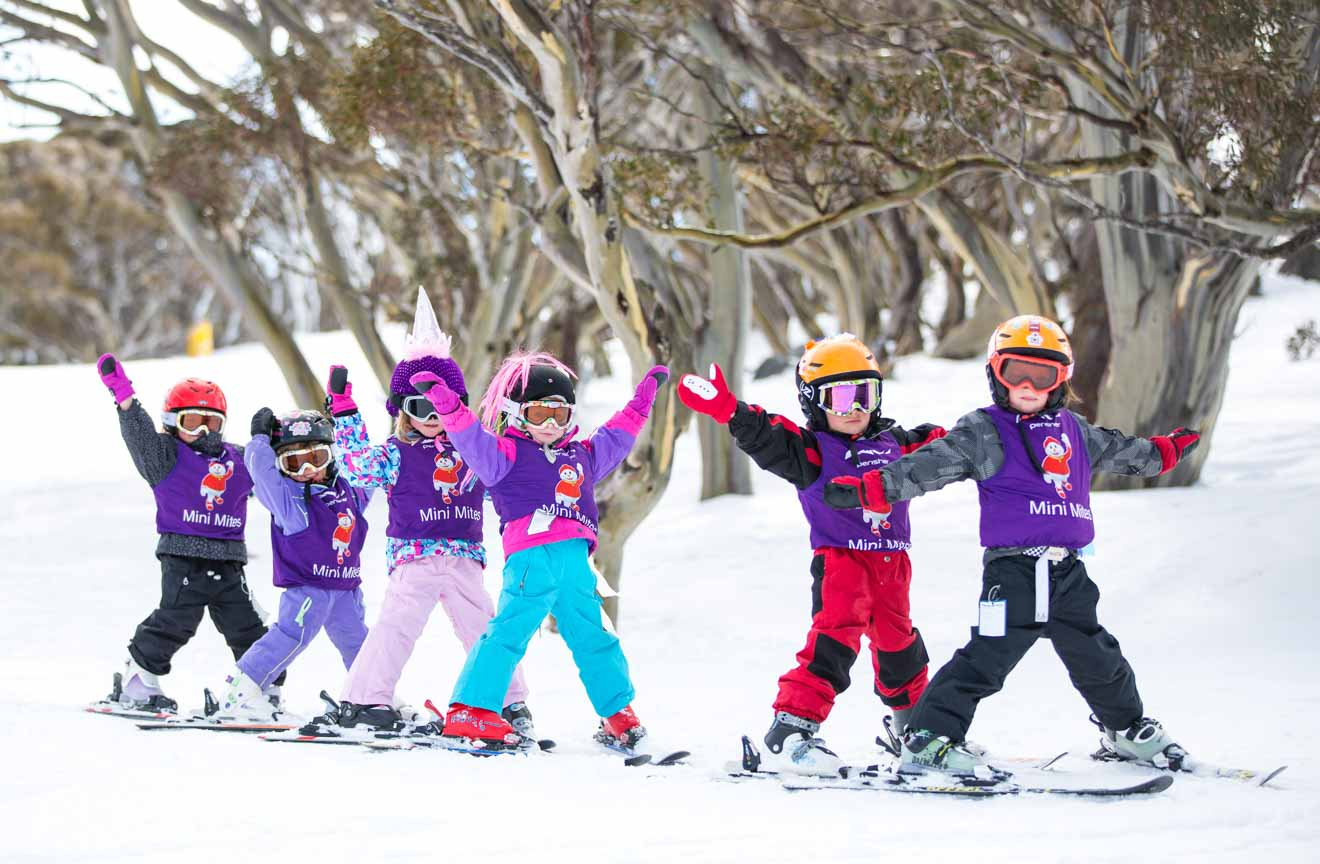 skiing in Perisher for kids instructor