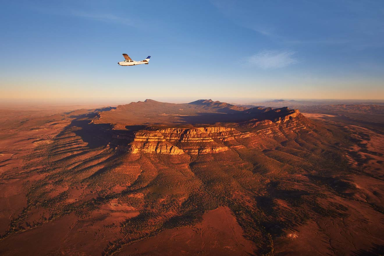 Bush Pilots Scenic Flight, Wilpena Pound to do, Flinders Ranges Nation