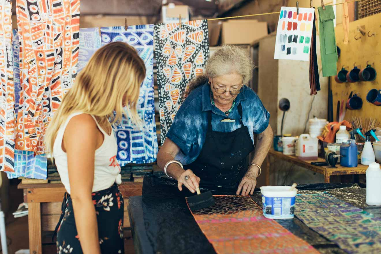multi day tours from darwin Screen Printing at Ngaruwanajirri Day Trips