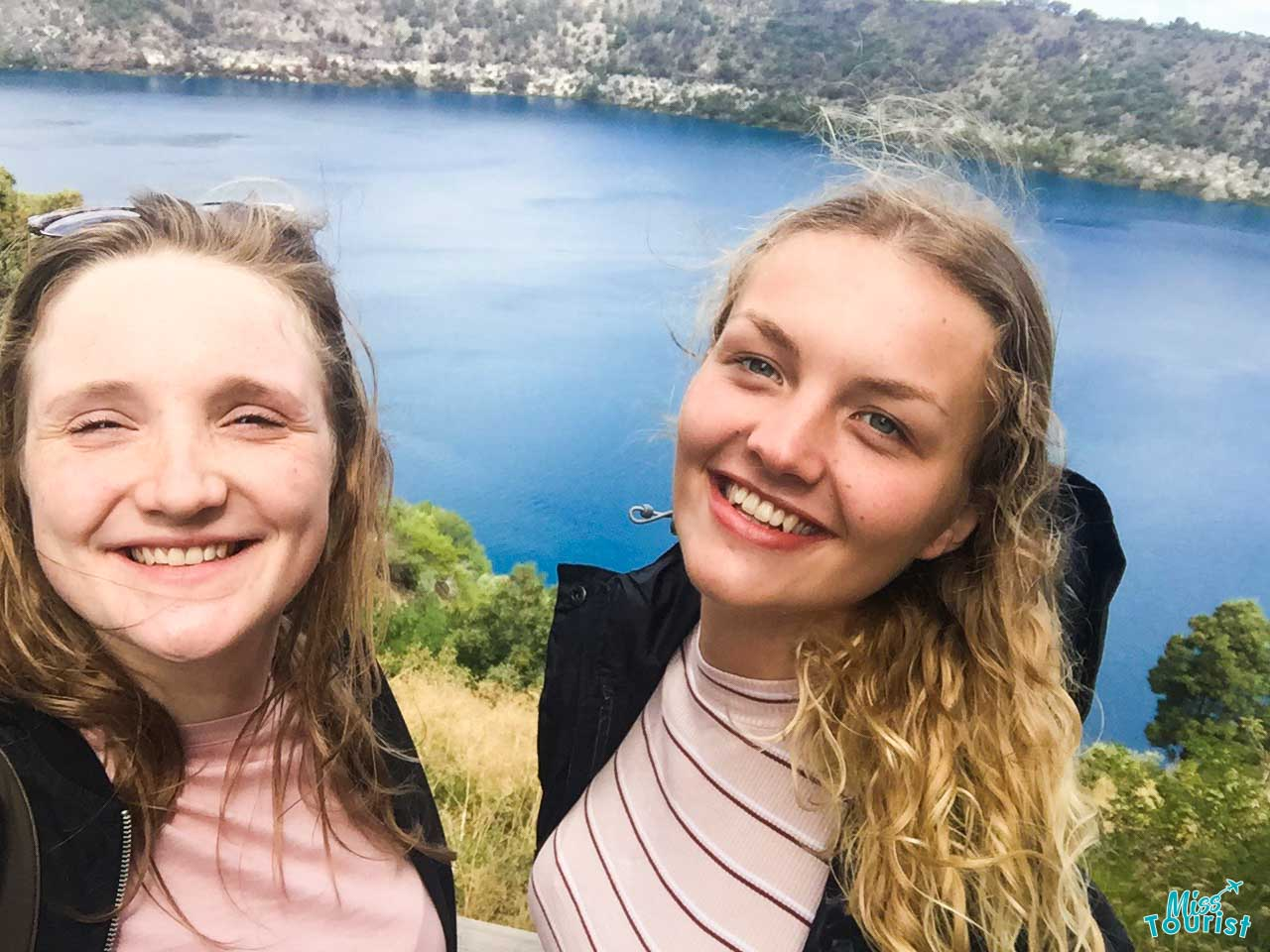 blue lake, mount gambier- friends Things to do in Mount Gambier