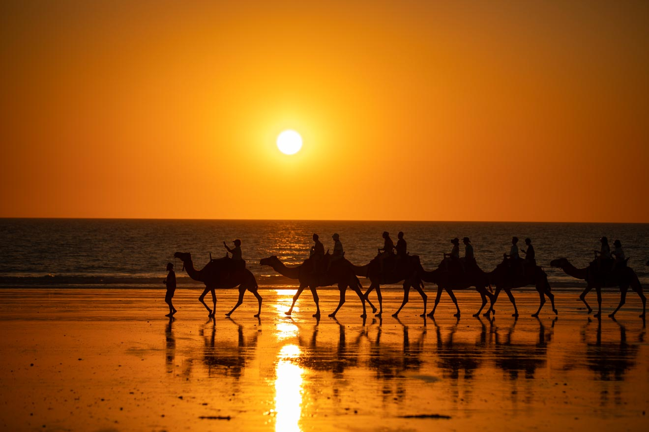 sunset Things to Do in Broome weather