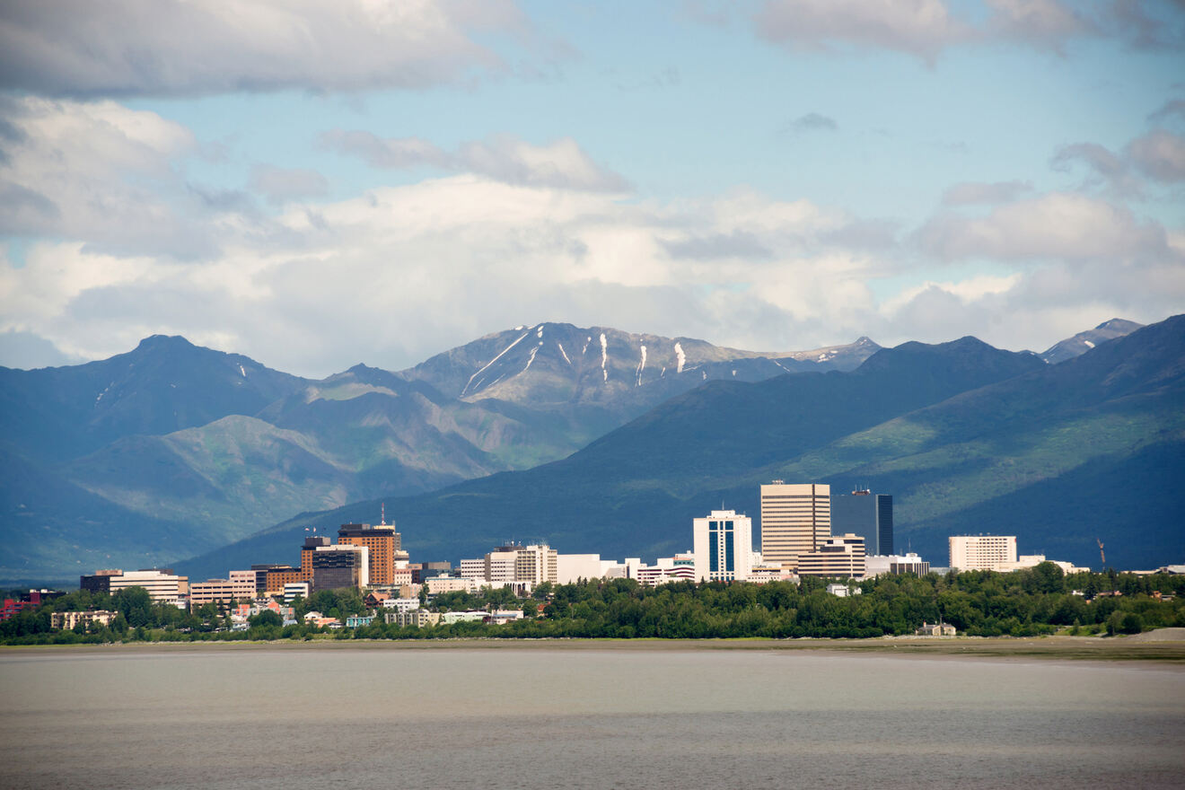 MUST-READ: Where to Stay in Anchorage → Hotel Guide for All!